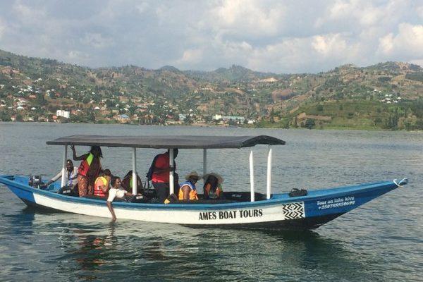 Activities-on-Lake-Kivusasasa
